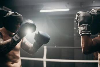 Box, muay thai a tiež MMA rozdiely medzi týmito populárnymi bojmi vo fitness centrách